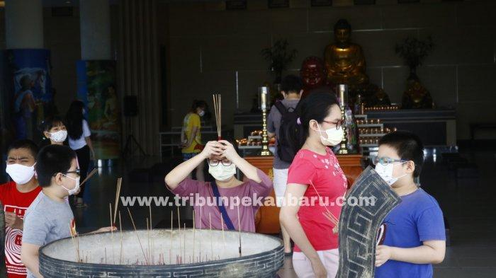 FOTO: Perayaan Waisak di Pekanbaru - foto_perayaan_waisak_di_pekanbaru_1.jpg
