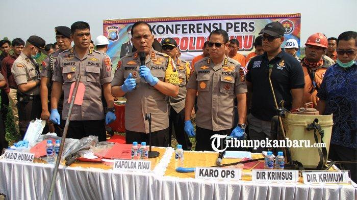 FOTO: Polda Riau Tetapkan Satu Perusahaan Sebagai Tersangka Kasus Kebakaran Hutan - foto_polda_riau_tetapkan_satu_perusahaan_sebagai_tersangka_kasus_kebakaran_hutan_1.jpg