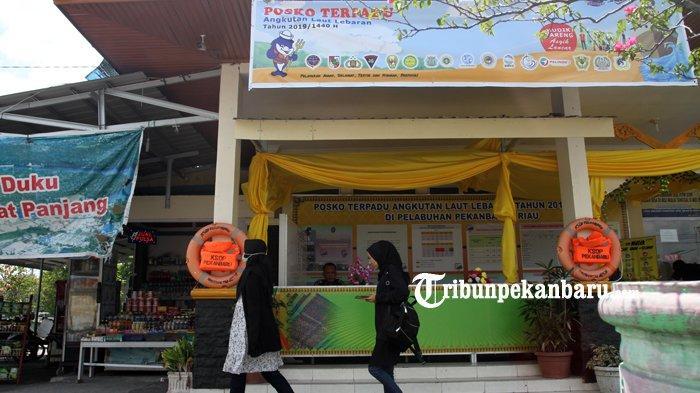 FOTO: Posko Terpadu Angkutan Laut di Pelabuhan Sungai Duku Pekanbaru - foto_posko_terpadu_angkutan_laut_di_pelabuhan_sungai_duku_pekanbaru_1.jpg