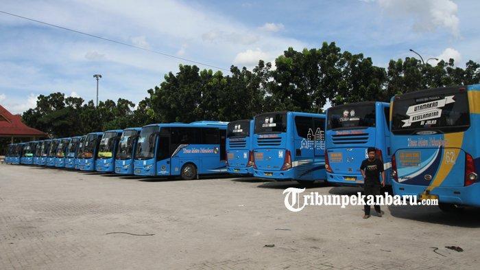 Gaji Telat, Ratusan Pramudi Bus TMP Mogok Kerja Sudah Hampir Tiga Hari