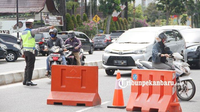 Sistem Penyekatan Jalan Dilakukan di Pekanbaru Minggu Malam Tadi, Ruas Jalan Ini yang Disekat