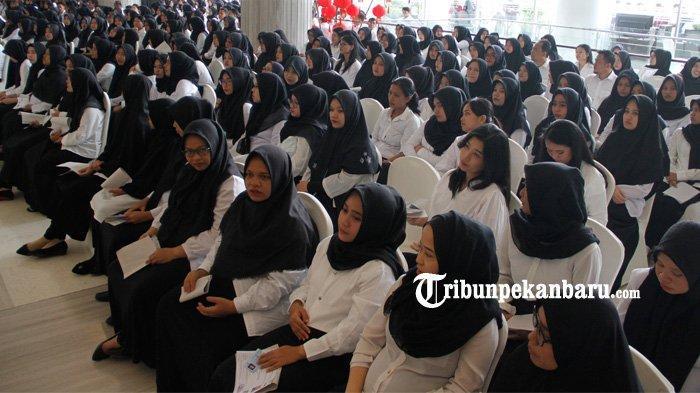 FOTO: Ribuan Peserta Ikuti Seleksi CPNS 2019 Pemko Pekanbaru - foto_ribuan_peserta_ikuti_seleksi_cpns_2019_pemko_pekanbaru_2.jpg