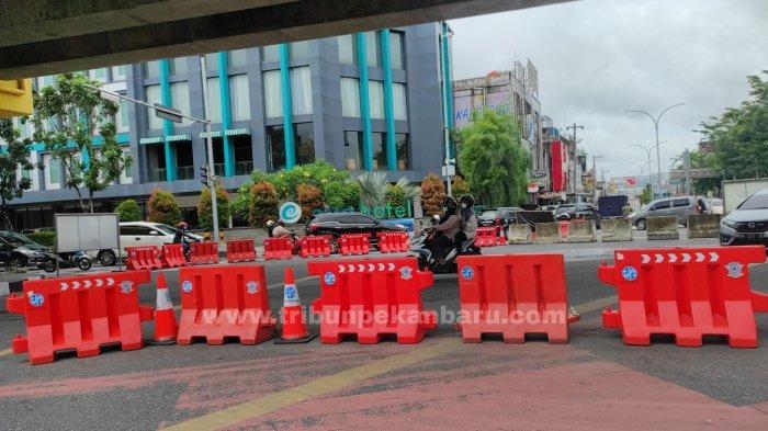 FOTO: Simpang Jalan Sudirman-Tuanku Tambusai Masih Dijaga - foto_simpang_jalan_sudirman-tuanku_tambusai_masih_dijaga_3.jpg