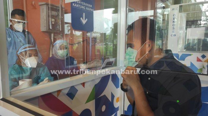 FOTO: Tes Genose C19 di Bandara SSK II Pekanbaru - foto_tes_genose_c19_di_bandara_ssk_ii_pekanbaru_4.jpg