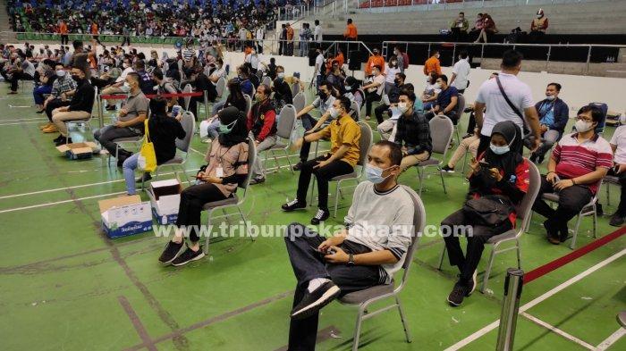 FOTO: Vaksinasi Massal Hari Kedua di Pekanbaru - foto_vaksinasi_massal_hari_kedua_di_pekanbaru_1.jpg
