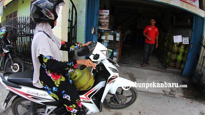 STORY Warga di Pelosok Riau, Sulit Dapatkan Gas Elpiji 3 Kilogram hingga Harga Jual Rp 30 Ribuan