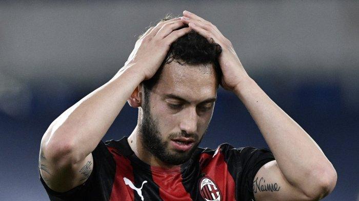 Juventus Bidik Playmaker AC Milan untuk Liga Italia Musim Depan, Goda Calhanoglu Gabung Bianconeri