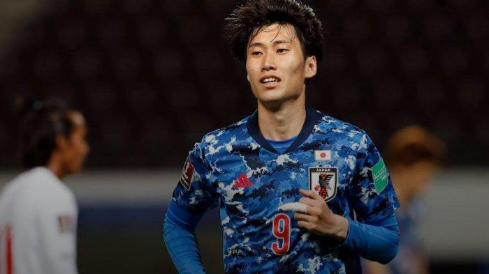 AC Milan Berburu Penerus Keisuke Honda, Tawar Gelandang Serang Bundesliga Pindah ke Liga Italia
