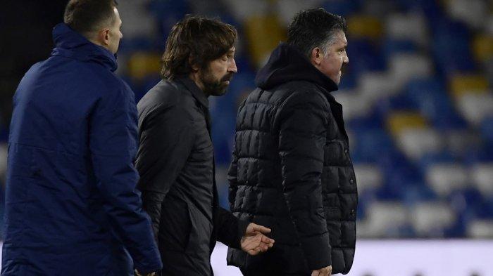 Pelatih Napoli Italia Gennaro Gattuso (kanan) dan pelatih Juventus Italia Andrea Pirlo (tengah) bereaksi pada akhir pertandingan sepak bola Serie A Italia Napoli vs Juventus pada 13 Februari 2021 di stadion Diego Maradona (San Paolo) di Napoli.