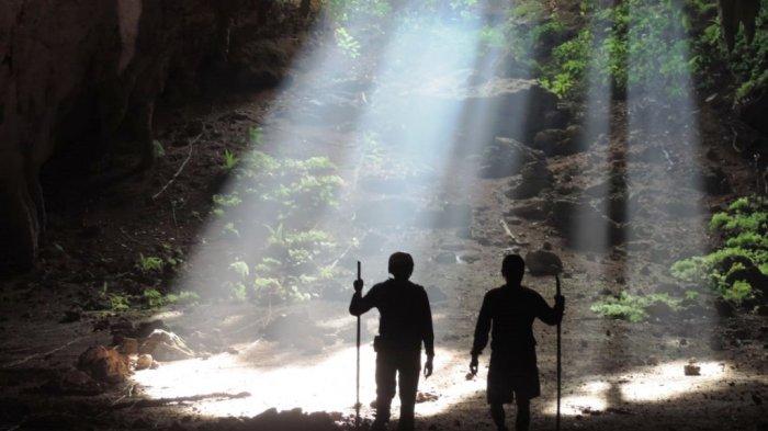 Menguak Mistis dan Potensi Wisata Goa di Pangandaran - goa-sutra-reregan-di-desa-selasari-pangandaran-2_20180907_152649.jpg