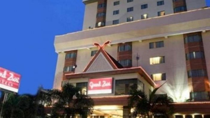 Grand Zuri Hotel Pekanbaru menawarkan program menarik untuk perayaan malam pergantian tahun baru.