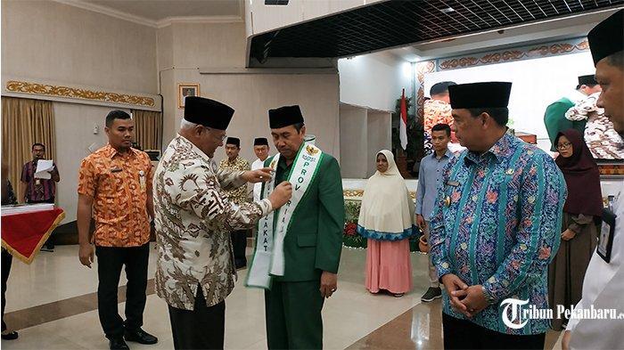 Komit Gerakkan Program Zakat, Gubri Optimis Bisa Kurangi Kemiskinan di Riau