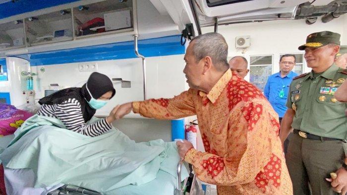 Gubri Syamsuar AntarkanAtlet SMA Penderita Tumor di Lutut Berobat ke RSPAD Gatot Soebroto Jakarta
