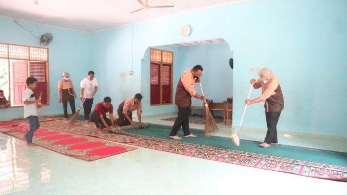 Hari Pramuka ke-60, Di Kampar Ada Sunatan Massal dan Bersih-bersih Rumah Ibadah