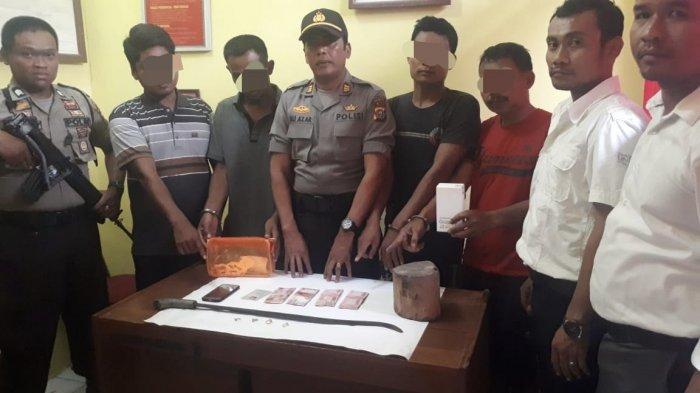 Ibu Rumah Tangga di Inhu Riau Dirampok 4 Pria di Rumahnya, Korban Dipukul Pakai Parang dan Kayu