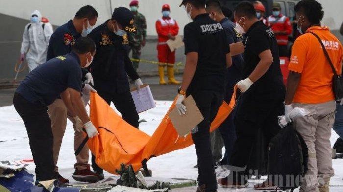 UPDATE Kecelakaan Pesawat Sriwijaya Air SJ 182, Dua Penumpang Diketahui Gunakan KTP Orang Lain