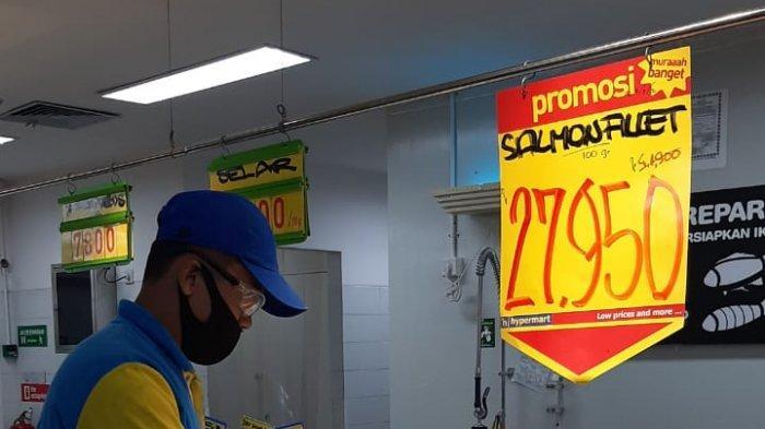 Hari Ini Terakhir, Promo Ikan Salmon Hanya Rp 27.950 Per Gram di Hypermart Mal SKA Pekanbaru