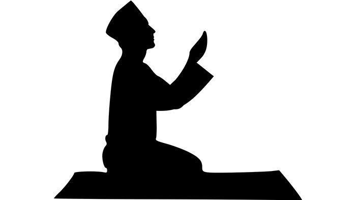 Keutamaan Doa Qunut dan Hukum Mengangkat Tangan Saat Doa Qunut