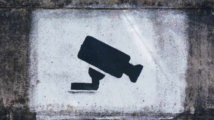 Rampok di Kampar Sambar Uang Rp 100 Juta dari Mobil Pengusaha, Aksi Terekam CCTV