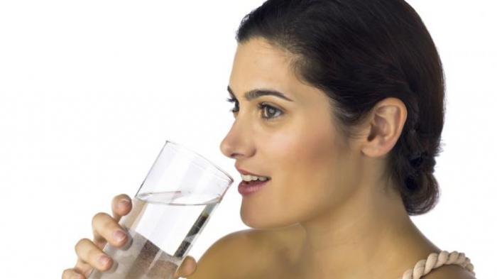 Biasakan Mulai Sekarang, Manfaat Minum Air Putih HangatSetiap Pagi Punya Manfaat Luar Biasa