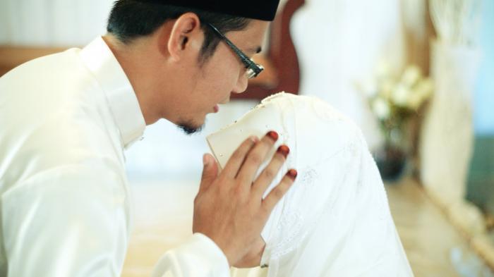 Doa Berhubungan Suami Istri (Doa Bersetubuh atau Bersenggama) & Penjelasan Malam Jumat Sunah Rasul