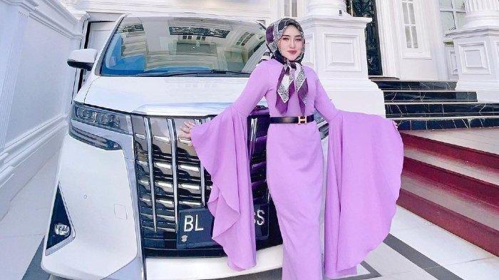 Ingat Herlin Kenza Selebgram Aceh? Ini Kakaknya, Shella Saukia Dicap Suka Pamer Kemewahan di Medsos