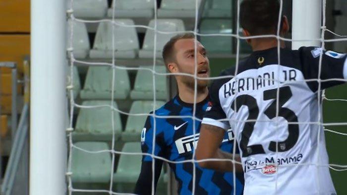 Napoli bisa Tahan Inter Milan, Gelar Juara Liga Italia Terancam oleh AC Milan yang Terus Menguntit