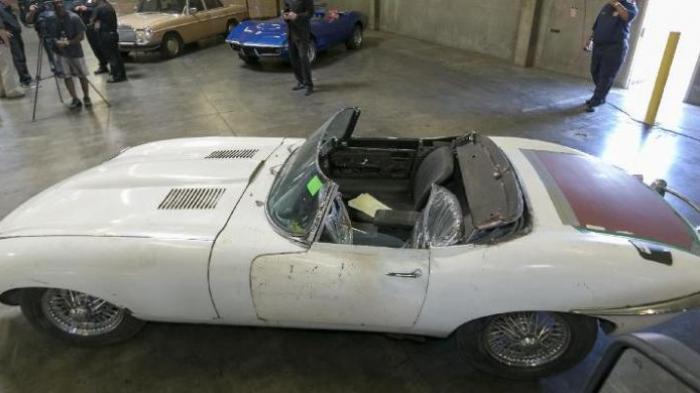 Setelah 46 Tahun Hilang, Mobil Jaguar Ini Kembali ke Pemiliknya