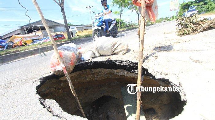 Jangan Kaget, Jumlah Jalan Rusak di Pekanbaru Capai 300 Titik, Terbanyak di 3 Jalan Ini