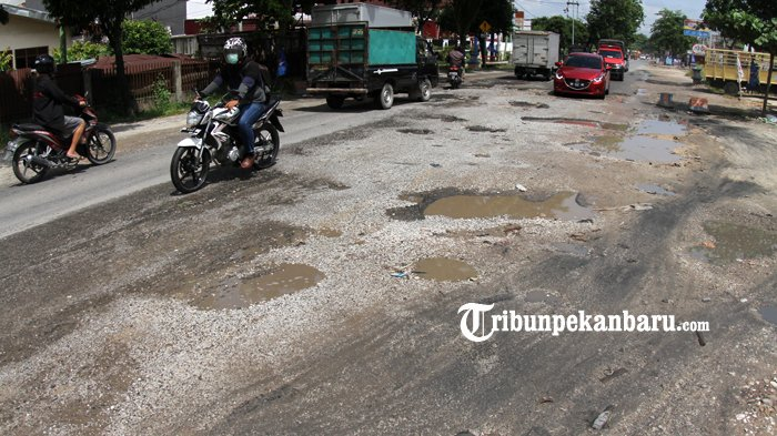 Dewan Minta Dinas PUPR Pekanbaru Segera Lakukan Perbaikan Jalan Rusak, Sebab Bahayakan Pengendara