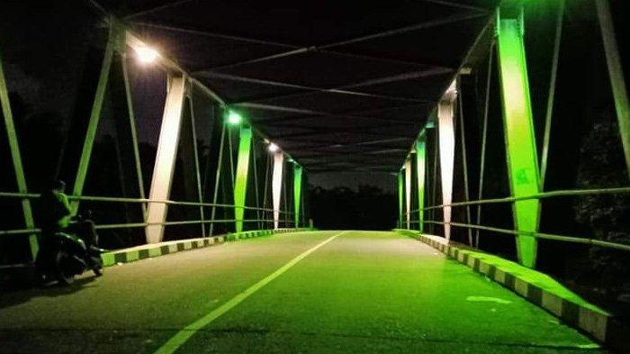 Berzina di Bawah Jembatan Lalu Kepergok, Oknum Kades Sogok Warga Rp 4,7 Juta Buat Tutup Mulut