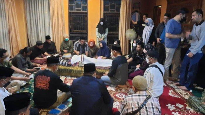Jenazah Almarhum Datuk Seri Al Azhar Dimakamkan Siang Ini Usai Salat Zuhur