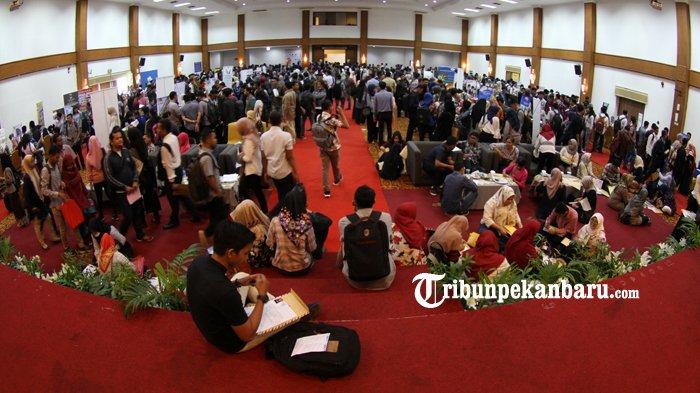 Perusahaan Wajib Laporkan Loker ke Disnaker, Pemprov Riau Minta Utamakan Tenaga Kerja Lokal