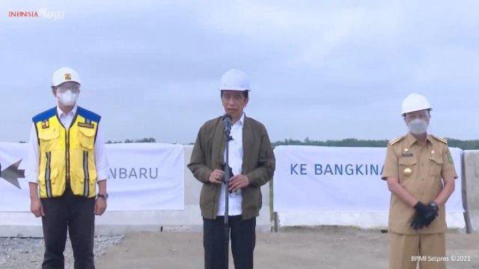 Heboh Presiden Jokowi Sebut Provinsi Padang Saat Tinjau Tol Pekanbaru-Padang, Ini Kata Istana