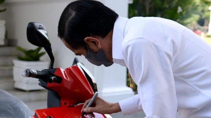 Situasi Sulit Diprediksi Terjadi Hingga Tahun Depan, Jokowi: Semua Dalam Kesulitan