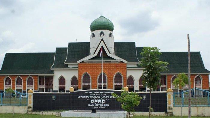 Penyidik Polda Riau Datangi DPRD Siak, Lalu Tanya Alamat KPU dan Kantor Partai Golkar, Ada Apa?