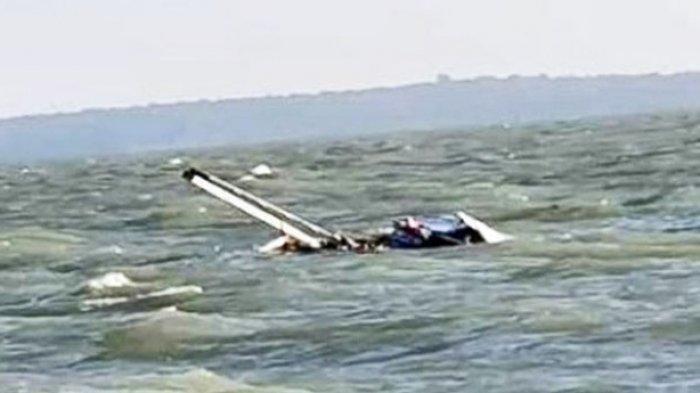 Berlayar Saat Gelombang Tinggi, Kapal Bermuatan BBM Tenggelam di Perairan Lingga