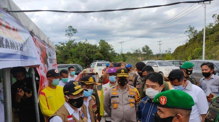 Jalan Ambles, Polisi Alihkan Truk ke Kiliran Jao, Kapolda Cek Jalur dan Pos Perbatasan Riau-Sumbar