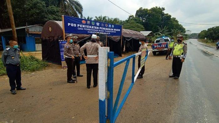 Sekat Perbatasan Riau, Kapolda: Tak Bawa Surat Bebas Covid-19 Kami Minta Kembali di Rumah Saja