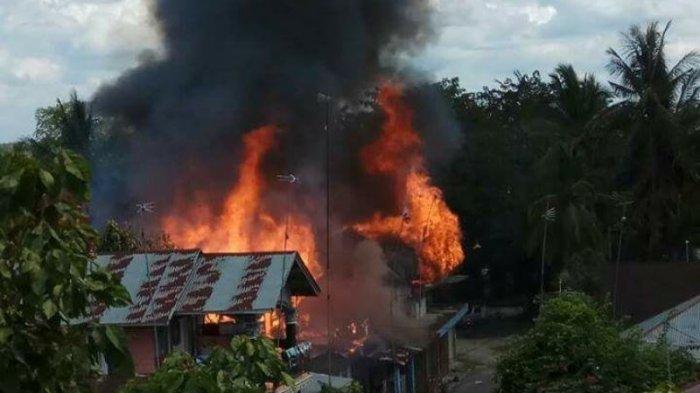 Video: Empat Rumah di Palung Raya Ludes Terbakar, Begini Penampakannya