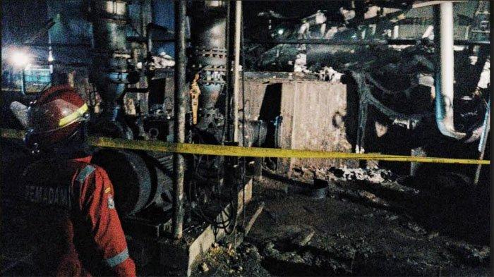 Api Diduga Dari Percikan Las Besi, Pabrik Biodesel di Kecamatan Kempas Inhil Hangus Terbakar