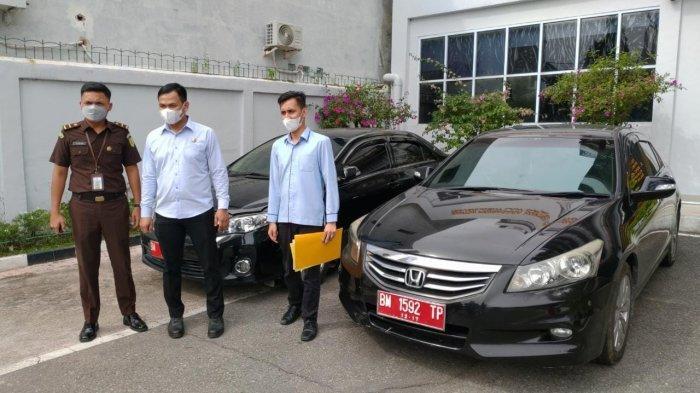Lima Unit Kendaraan Dinas Pemko Pekanbaru Sudah Ditarik dari Oknum Mantan Pejabat