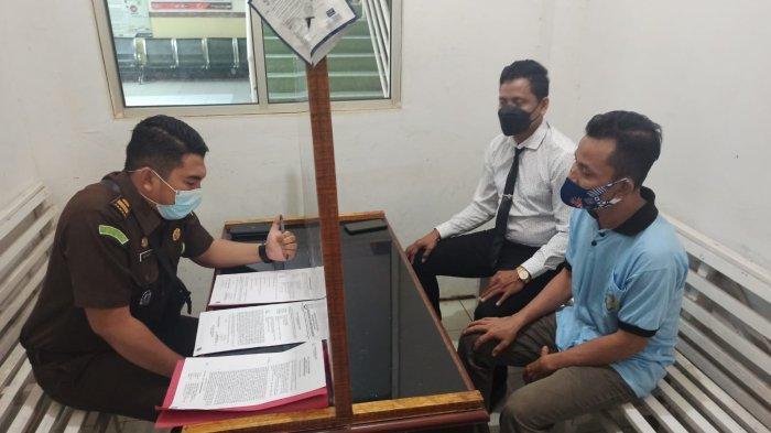 Kejari Pelalawan Susun Surat Dakwaan, Penyidik Limpahkan Kasus Tipikor APBDes Desa Segamai ke JPU
