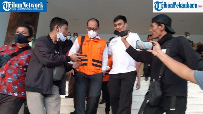 Kejati Riau Tetapkan 2 Tersangka Kasus Dugaan Korupsi di Disdik Riau, Ada Direktur Perusahaan