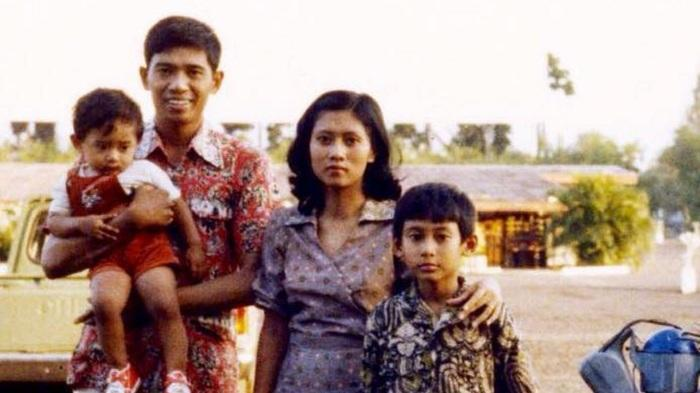 Kisah Perjalanan Cinta SBY dan Ani Yudhoyono, Sempat LDR dan Beda Status hingga Kecupan Perpisahan