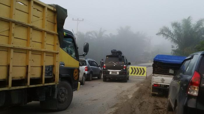 Jalan Lintas Petapahan-Simpang Gelombang Km 46 yang Amblas Segera Diperbaiki, Lelang Sudah Selesai