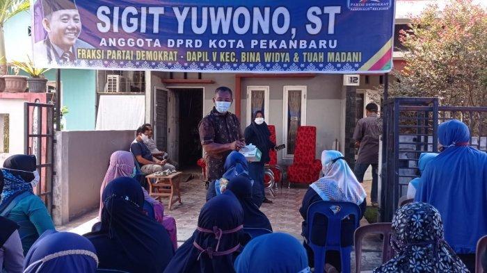 Pada Anggota DPRD Pekanbaru Sigit, Warga RW 04 Tuah Madani Akui Tak Pernah Dapat Bantuan PPKM