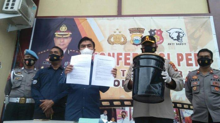 Kepolisian Resort (Polres) Gowa menggelar konfrensi pers tekait dugaan penganiayaan yang dilakukan oknum Satpol PP, di halaman Mapolres Gowa Jl Syamsuddin Tunru, Sungguminasa, Kamis (15/7/2021) sore.