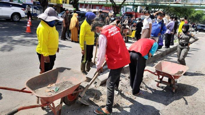 332 Pelanggar Terjaring Razia Masker di Pekanbaru, Pelanggar: Masker Tertinggal di Sepeda Motor