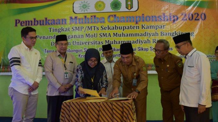 Umri Jalin Kerjasama dengan SMA Muhammadiyah Bangkinang. Siapkan Beasiswa Kuliah